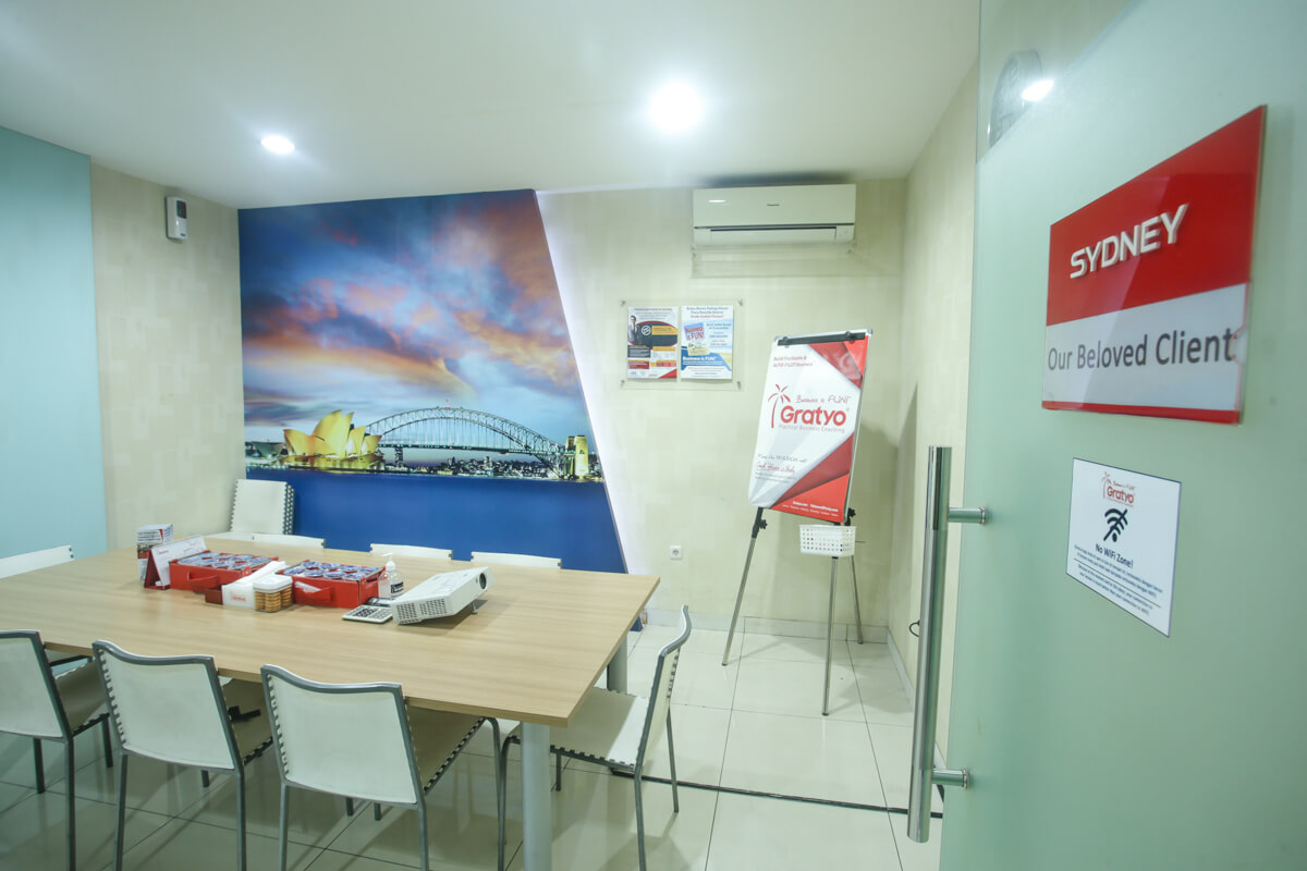 Sewa Coworking Space di Kelapa Gading - Sydney Room - G-District