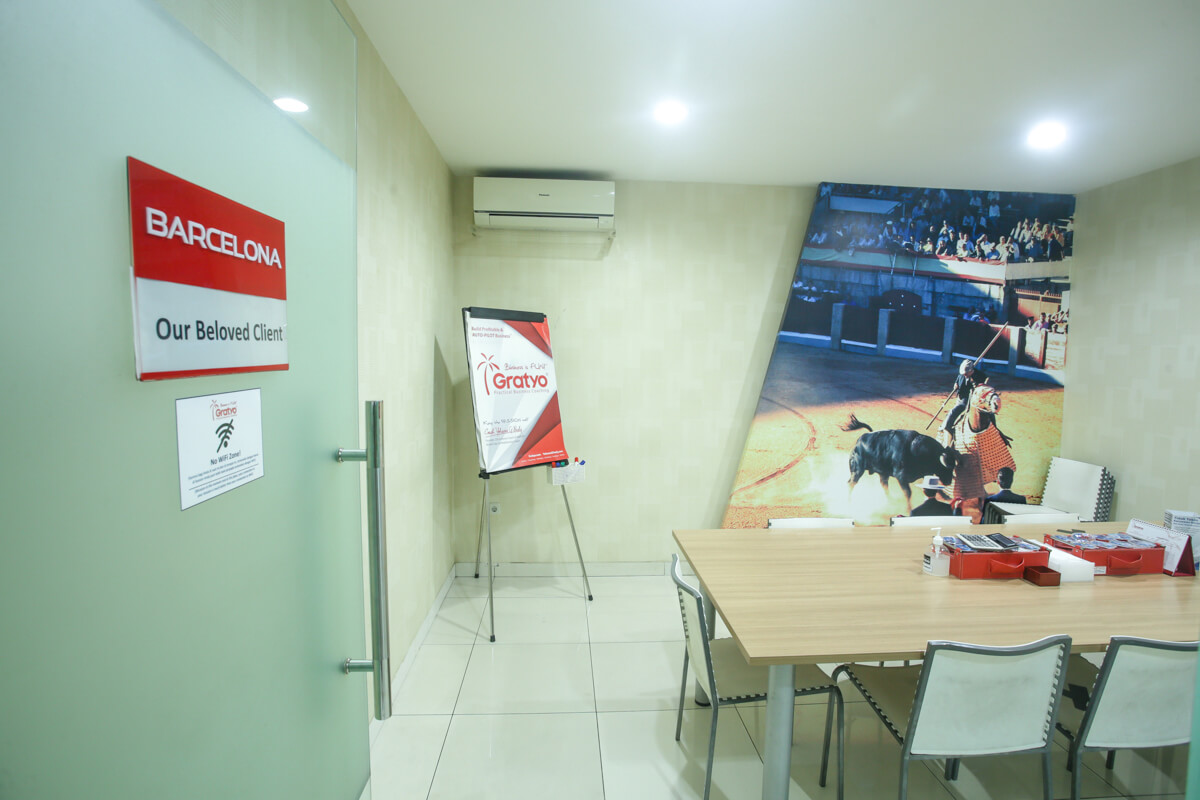 Sewa Coworking Space di Mall of Indonesia - Barcelona Room - G-District