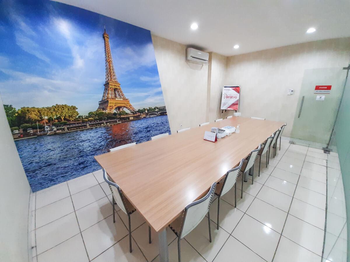 Meeting Room Murah di Denpasar - Paris Room - G-District