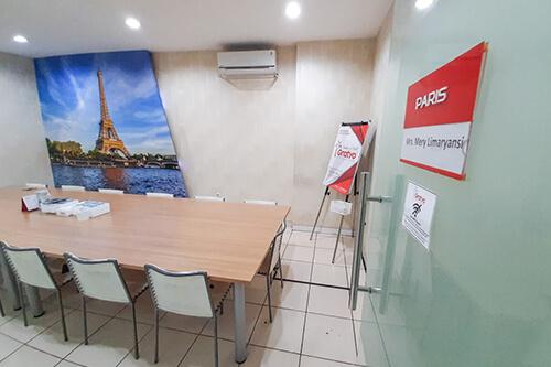 Sewa Coworking Space di Kota Denpasar - Paris Room - G-District