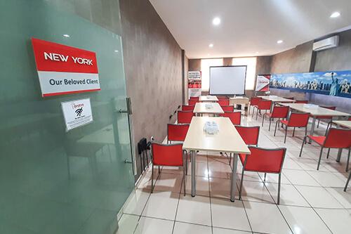 Tempat Meeting di Denpasar - New York Room - G-District